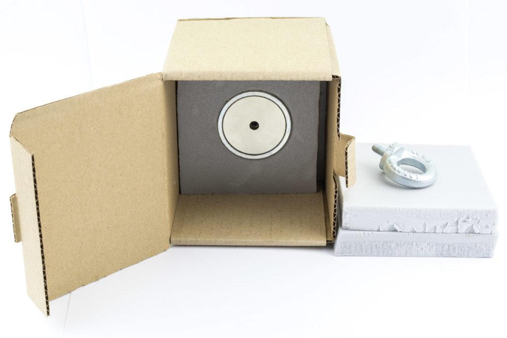 Упаковка магнита